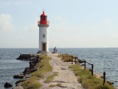 rounding-the-bassin-du-thau-lighthouse